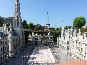 "La Grand Place di Bruxelles in miniatura nella ""Mini-Europe"" sempre a Bruxelles."